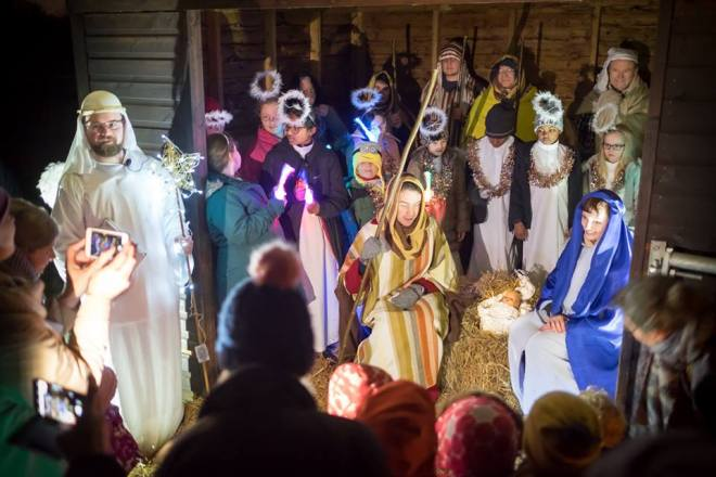 nativity on farm